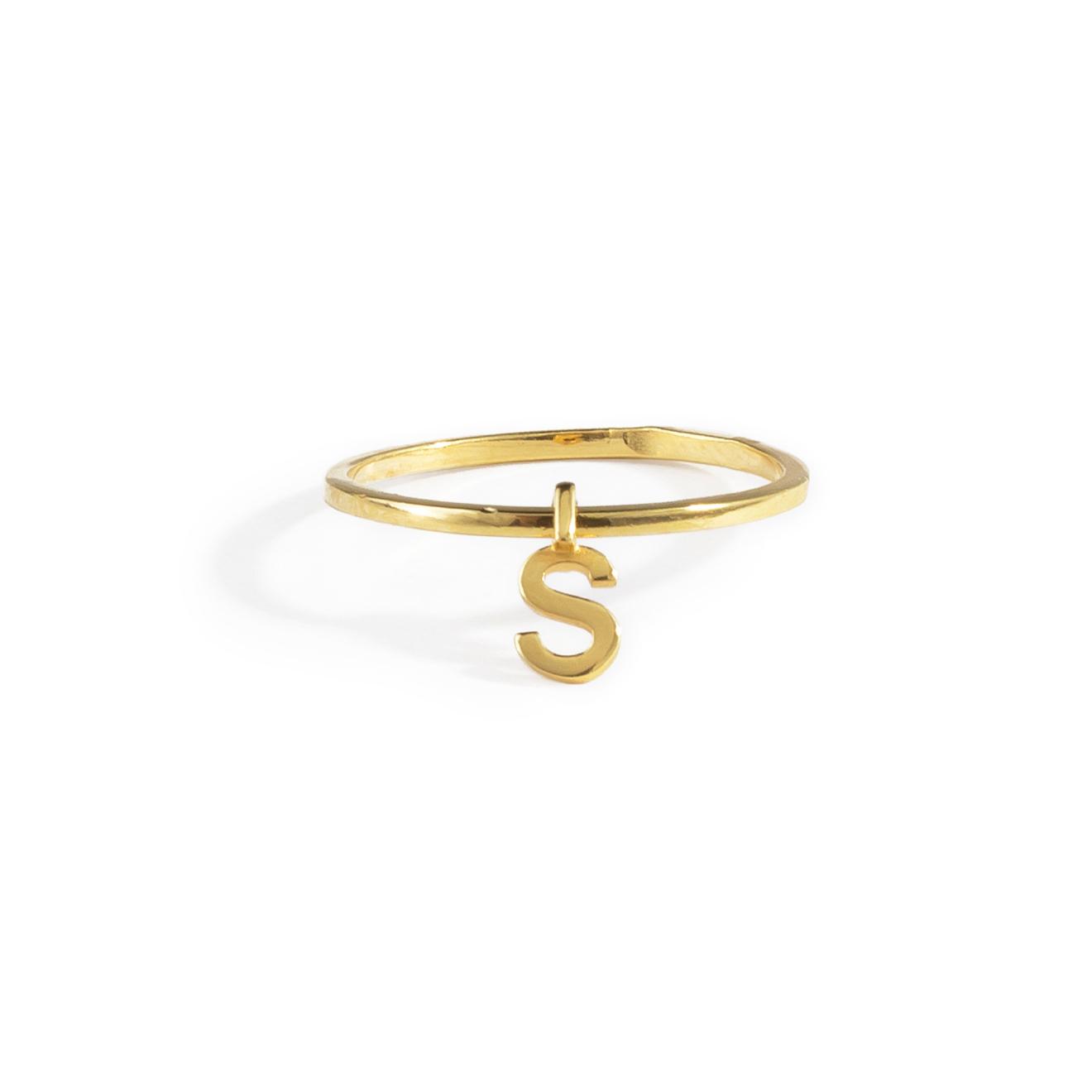 Фото - Ringstone Позолоченное кольцо из серебра с буквой S ringstone жемчужное ожерелье с буквой s ringstone