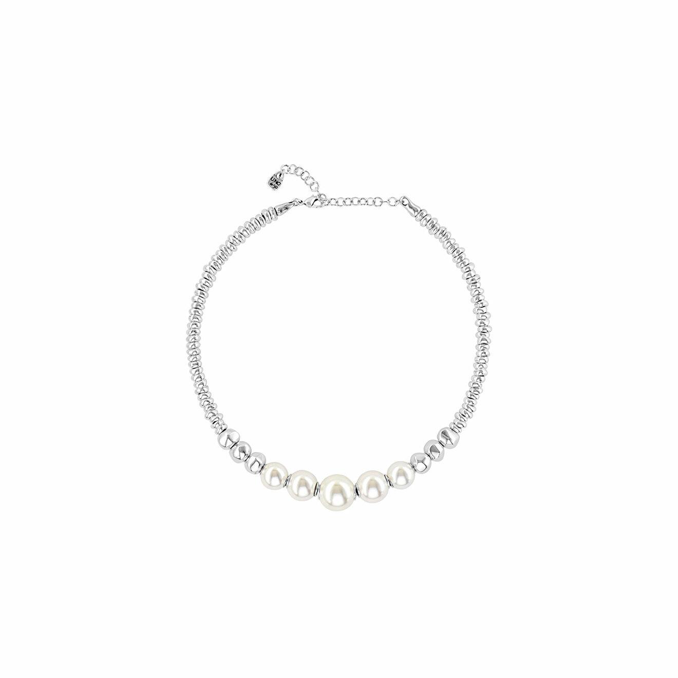 Unode50 Покрытое серебром ожерелье с синтетическими жемчужинами Superlative unode50 покрытое серебром короткое ожерелье с подвесками и синтетическим жемчугом moody